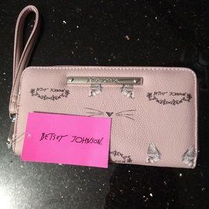 NWT Betsey Johnson Wristlet/Wallet Women Pink